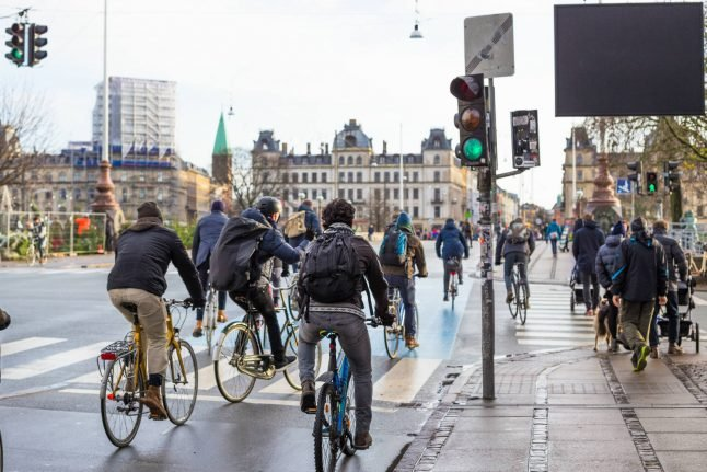 Danes want to make bicycle helmets the law
