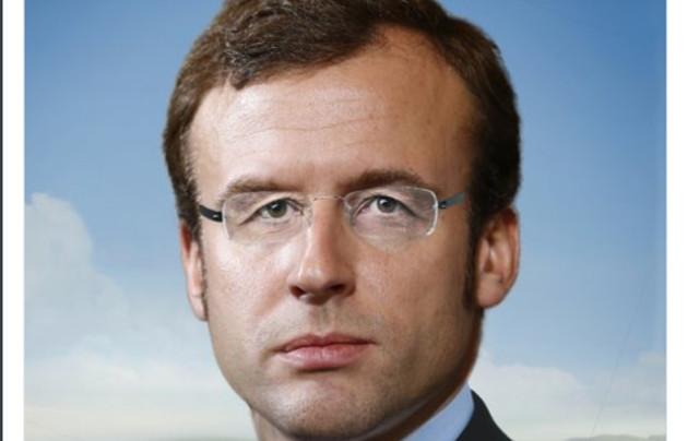 'Emmanuel Hollande': Struggling Fillon attacks Macron in massive online slur campaign