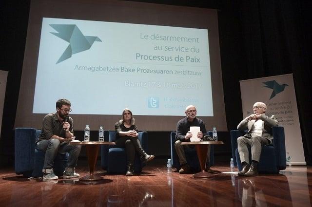 France tells Eta disarmament must be 'unconditional'