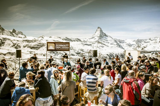 Five unmissable on-piste music festivals in Switzerland this spring