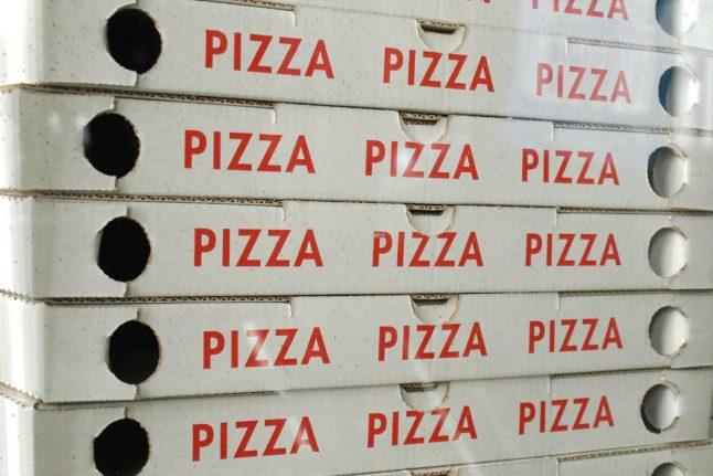 'Report pizzerias where Danish isn't spoken': integration minister