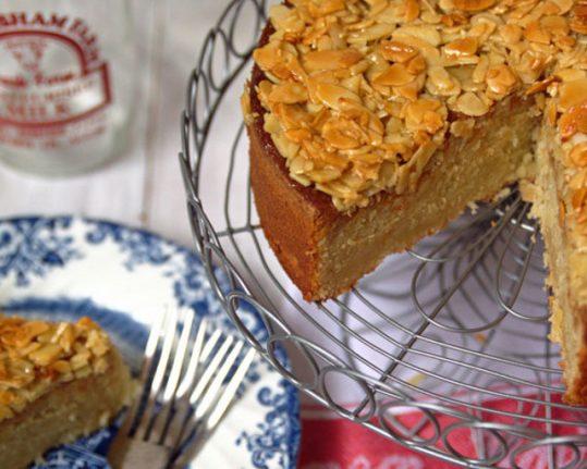 Recipe: How to make delicious Swedish almondy tosca cake