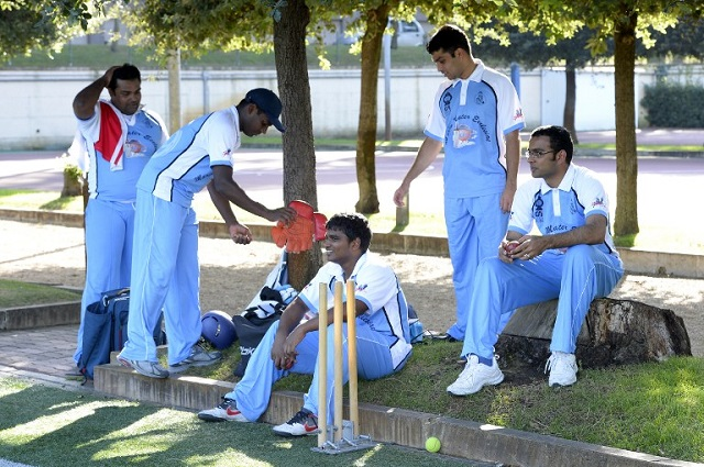 Vatican cricket team heads overseas for interfaith tournament