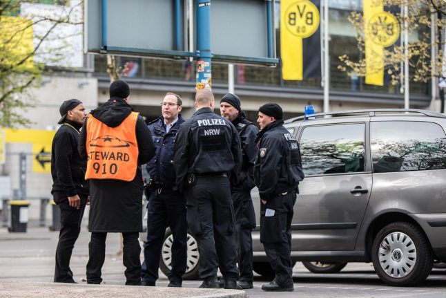 Investigators: No evidence suspect detained participated in Dortmund attack