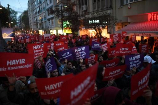 Turks in Switzerland vote no in Erdogan's referendum