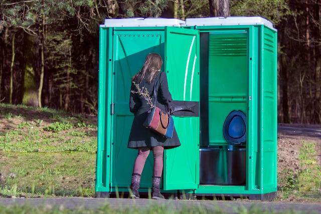 Austrian Greens teach women to pee standing up