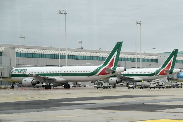 Italy will start taking bids for Alitalia in next two weeks