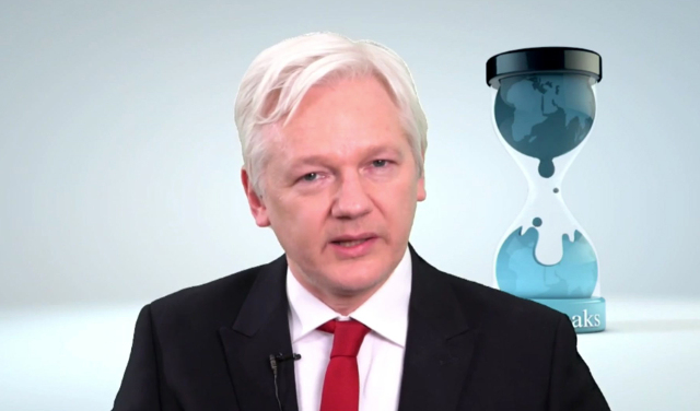 Assange asks Sweden to drop arrest warrant now US has expressed intent