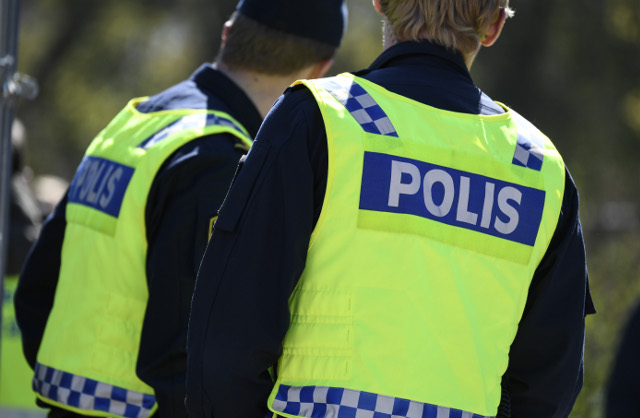 Sweden needs more police officers, union says