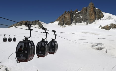 Mont Blanc cable car to reopen nine months after tourists were left hanging overnight