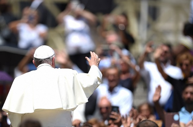 Pope Francis to send funds to South Sudan after Vatican rules out papal visit