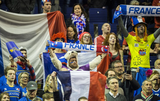 French fans urged to sing God Save the Queen in tribute to terror victims