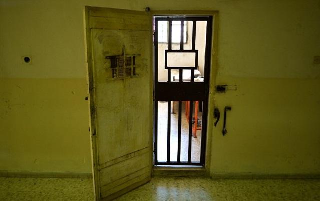 Woman flees Turin jail, abandoning baby daughter