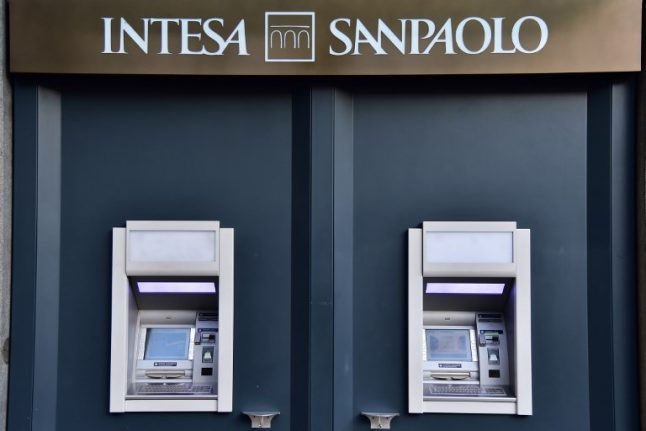 Government to pay 17 billion euro to save two banks