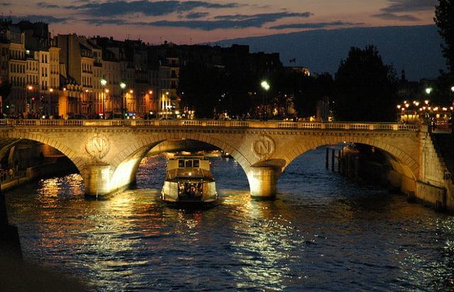 Fête de la Musique: Man dies after jumping into River Seine in Paris