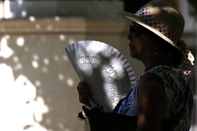 Hot hot hot: Temperatures up to 42C in Spanish heatwave