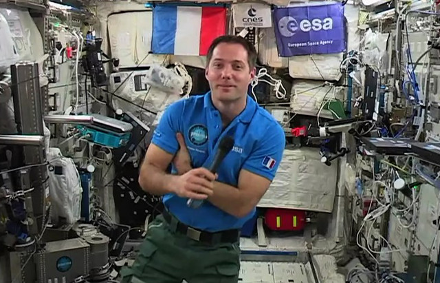 French astronaut returns to earth after 200 days… and will find France has changed a little