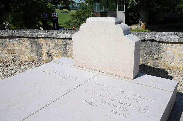 Charles De Gaulle grave vandal was 'extremely drunk'