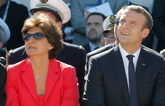 Macron loses defence minister to more fake jobs claims