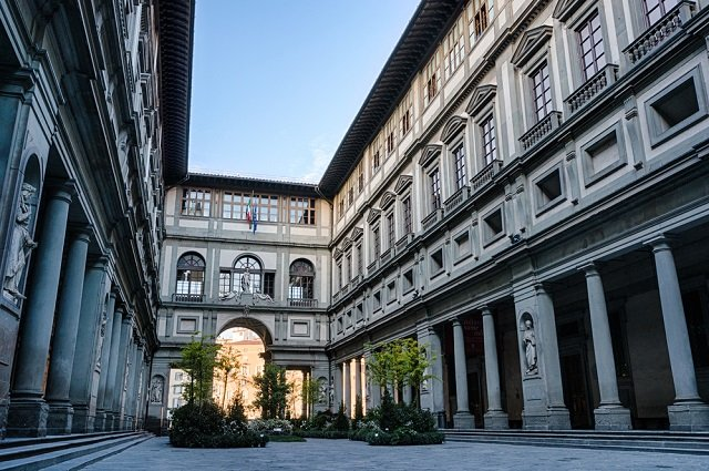 Florence's Uffizi art gallery will host an outdoor cinema this summer – and it's free