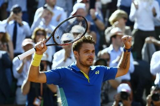 Wawrinka beats Murray to reach French Open final