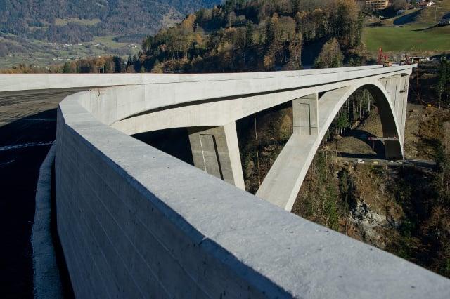IN PICS: Switzerland's largest arch bridge opens to traffic