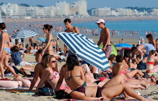 France: Month of June set to be one of hottest ever as temperatures expected to soar