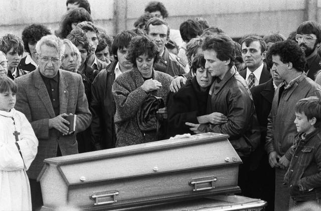 French police arrest relatives over 1984 toddler murder mystery