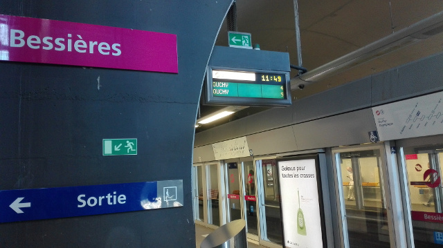 'Paranoid' man causes terror fears in Lausanne metro