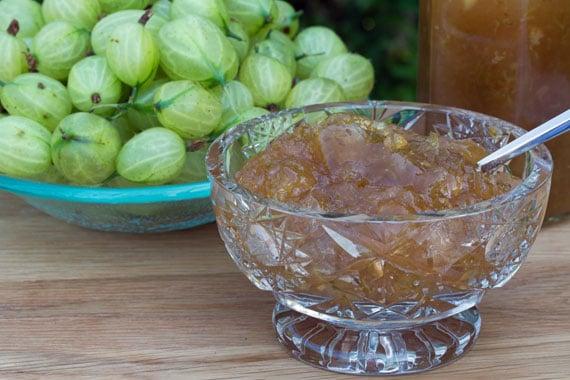 Swedish recipe: How to make gooseberry and elderflower compote