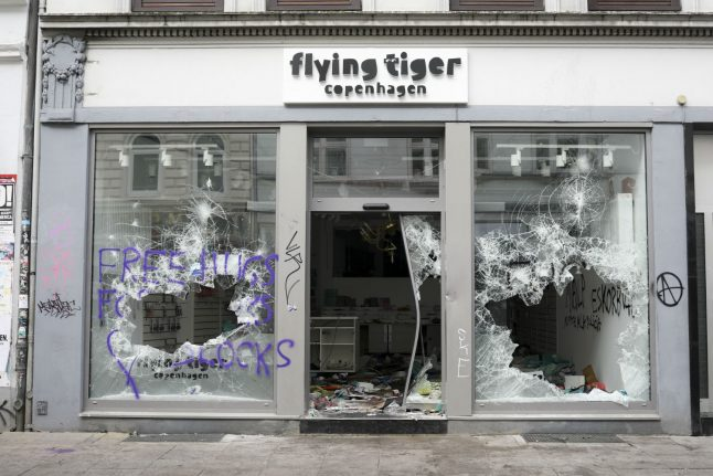 Who is to blame for the riots that hit Hamburg during the G20?