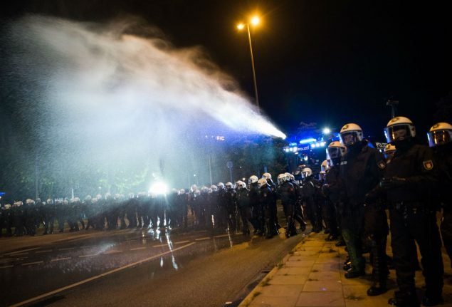 Hamburg police break up unauthorized G20 demos with water cannons
