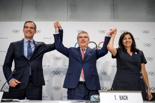 IOC agrees to award two Olympics at same time
