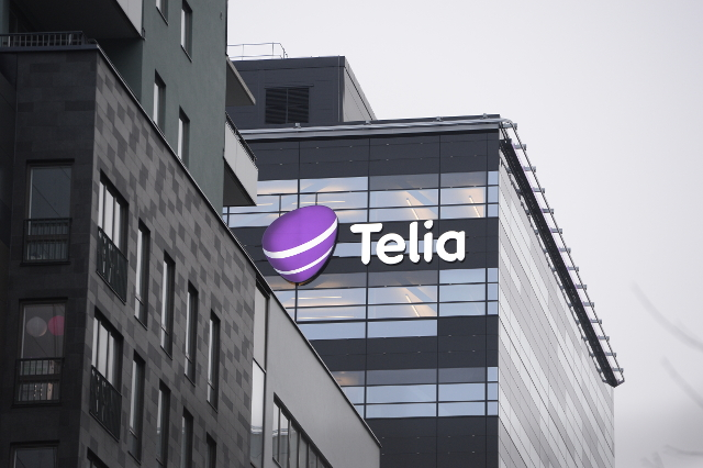 Telia to slash hundreds of jobs in Sweden