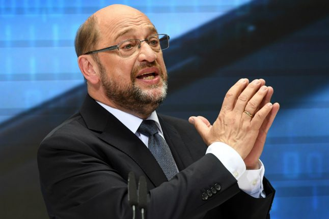 Germany must be legally bound to invest in infrastructure, says Schulz