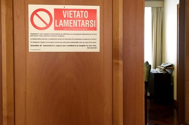 Pope Francis wards off whingers with a 'no complaining' sign on his door