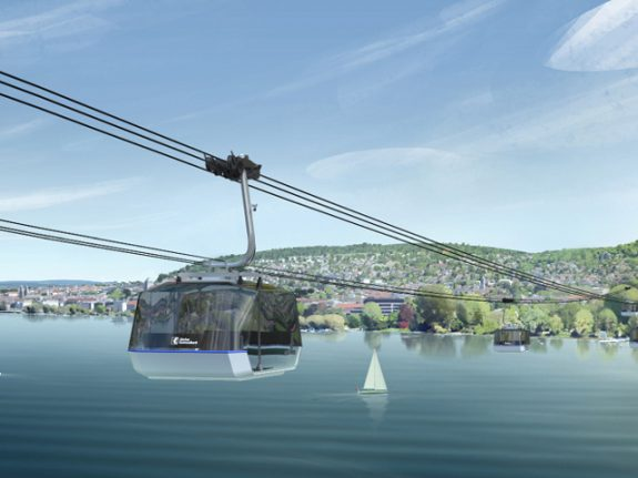 Swiss bank plans new cable car across Lake Zurich