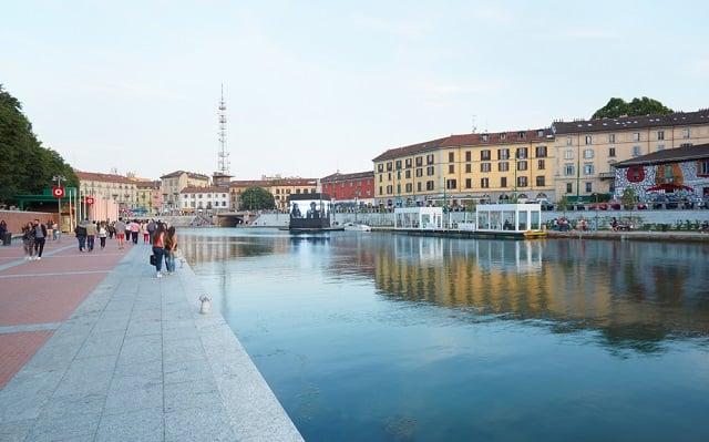 Milan cracks down on food trucks, selfie sticks, and drinks in glass bottles in summer ban