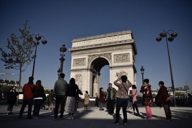 Paris tourism alive and kicking after terror doldrums