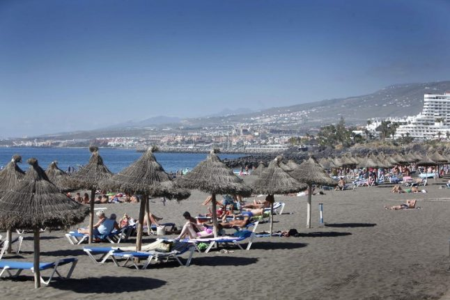 WATCH: Holidaymakers told how how to survive terrorist attack