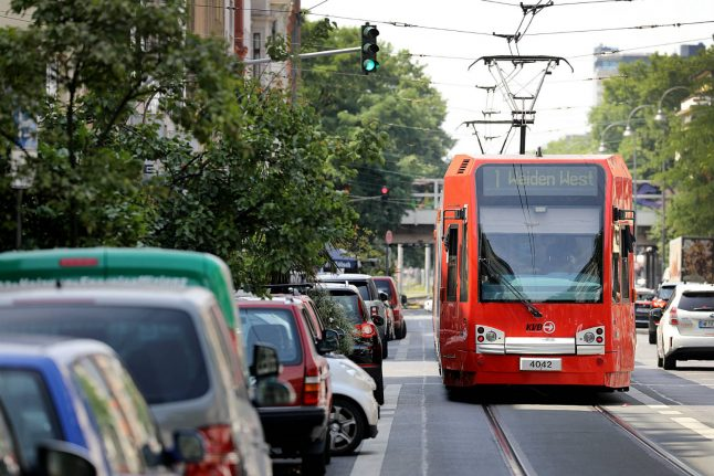 Police make arrest after American tourist pushed in front of tram in Cologne