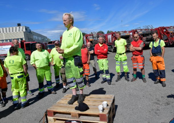 Stockholm waste collectors quit as strike hits one-week mark