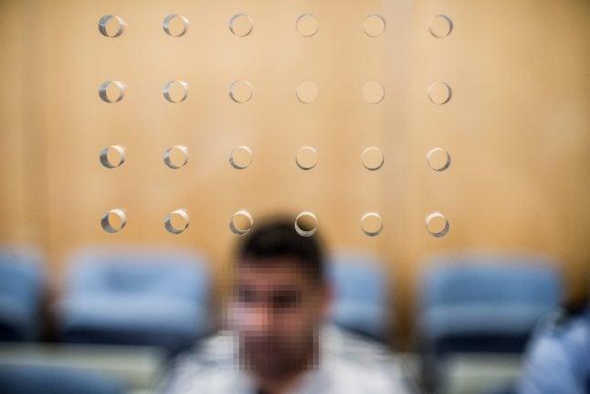 Three Syrians go on trial over alleged plot to bomb central Düsseldorf