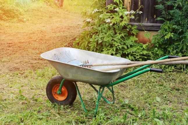 Norway man uses wheelbarrow as robbery vehicle, gets arrested