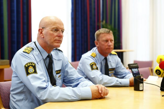 Swedish policeman killed in traffic accident during robbery chase