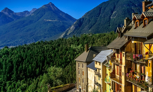 British glider pilot killed in French Alps crash