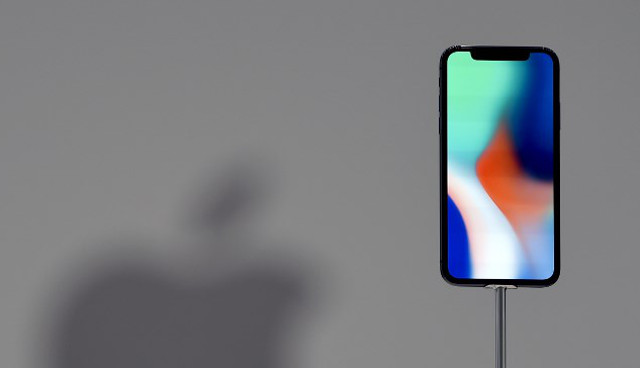 France shocked at iPhone X costing exactly French minimum wage