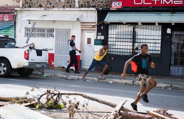 French Caribbean: Fear and looting grip tense Saint Martin in wake of Hurricane Irma