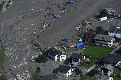 Storm sparks another big landslide, Bondo hit again
