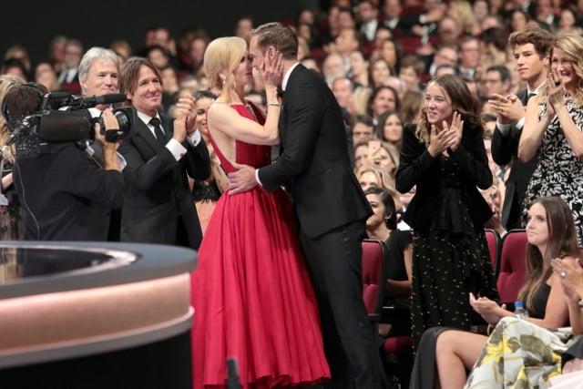 Alexander Skarsgård thanks his mum in Emmy speech (and kisses Nicole Kidman)